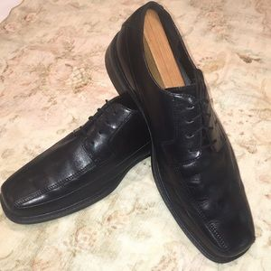 Rockport Mens Oxford leather shoes 9.5 M Black.